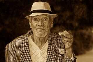 old-man-watch-time-160975.jpeg