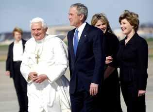pope-benedict-xvi-president-george-bush-laura-bush-andrews-afb-70550.jpeg