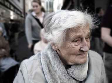 dependent-dementia-woman-old-70578.jpeg