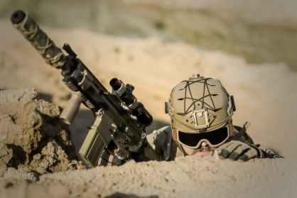 war-desert-guns-gunshow-163480.jpeg