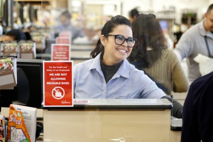 Gelson's cashier Roxana Catalan rings up a customer.